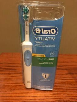 1 Of New Braun Oral-B Vitality 2D Dual Clean Rechargeable El