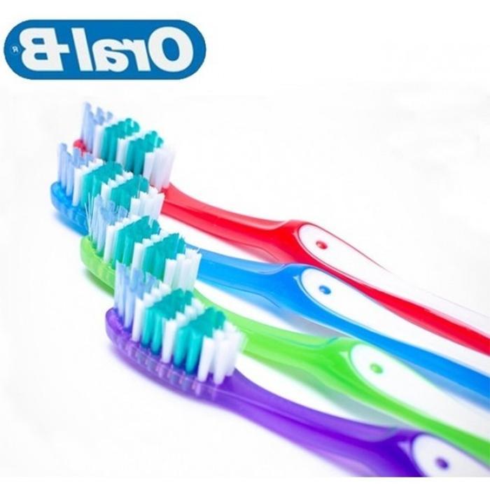 12 Oral-B Clean 35 Ergonomic Z Toothbrush