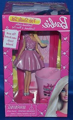 barbie fab smile set toothbrush holder brush