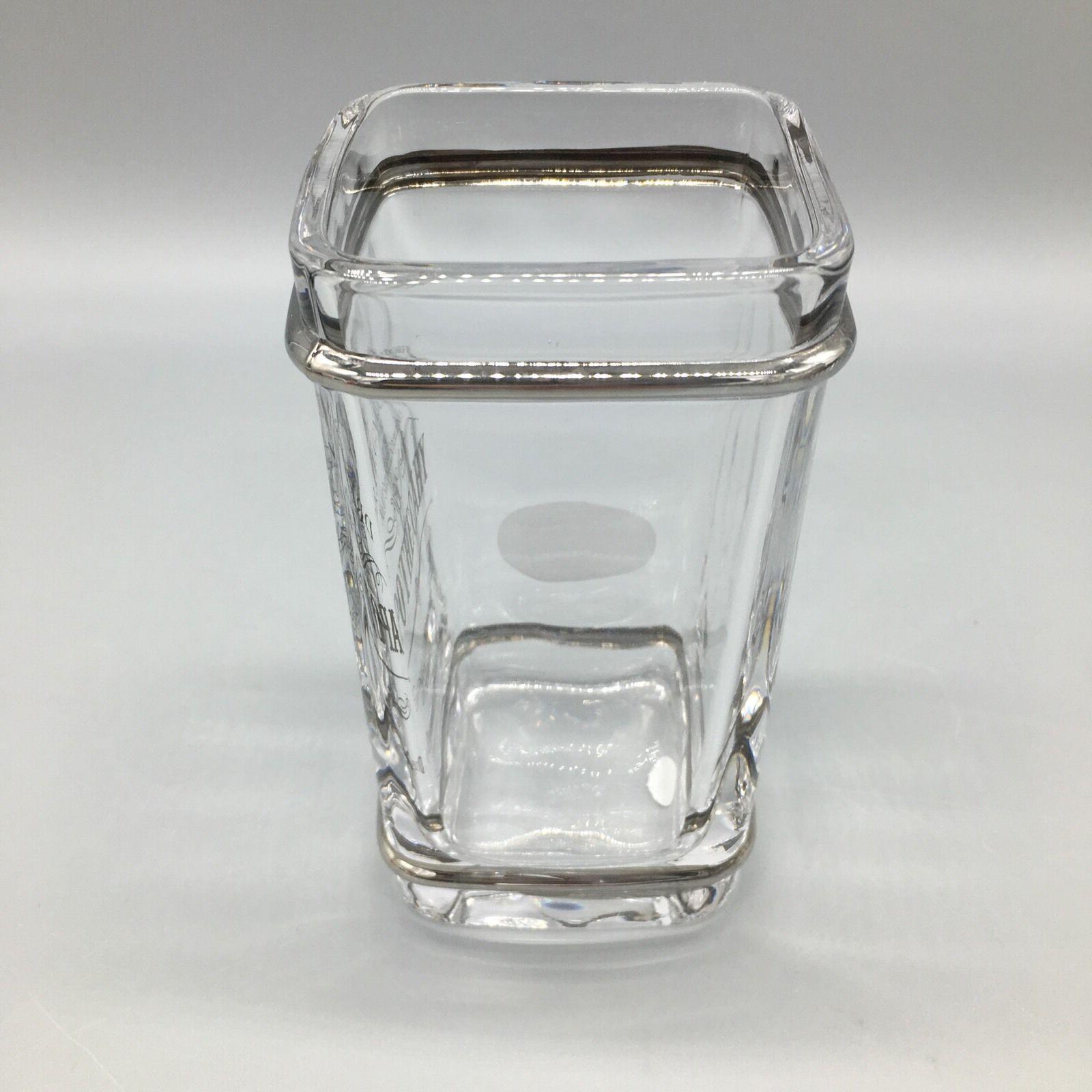 BELLA Dr Gnadendorff Glass Toothbrush Holder