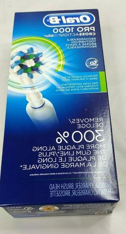 NEW IN BOX Oral-B Pro 1000 3d Cross Action Rechargeable Toot