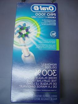 Oral-B Pro 1000 Cross Action Rechargeable Toothbrush - New