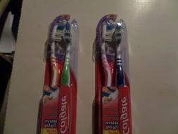 Colgate Toothbrush Wave Zig Zag  2 Packs of 2 Soft Various c
